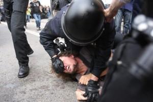 Polizeigewalt gegen Demonstranten in Barcelona